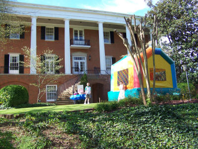 Bounce House at Governors-Mansion-2009